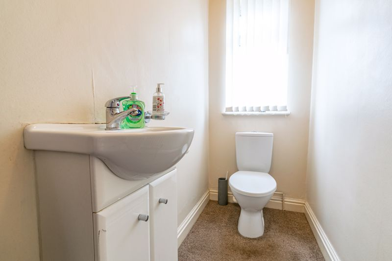 4 bed house for sale in Mucklow Hill  - Property Image 19