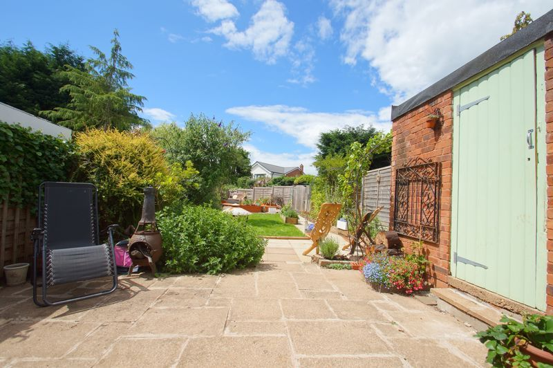3 bed house for sale in St Johns Close 11