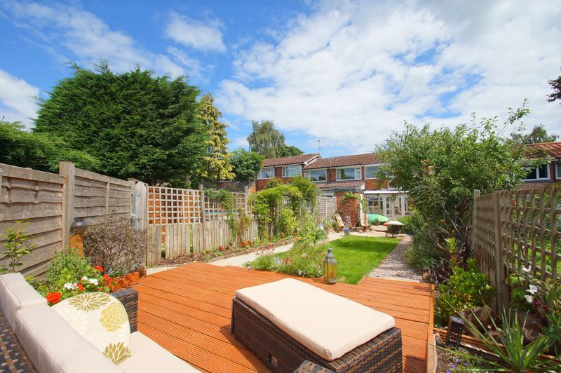 3 bed house for sale in St Johns Close 15