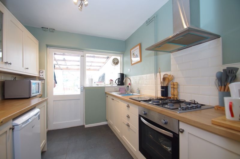 3 bed house for sale in St Johns Close  - Property Image 5