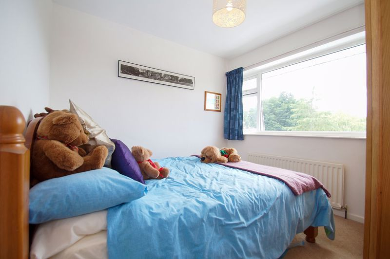 3 bed house for sale in St Johns Close  - Property Image 8