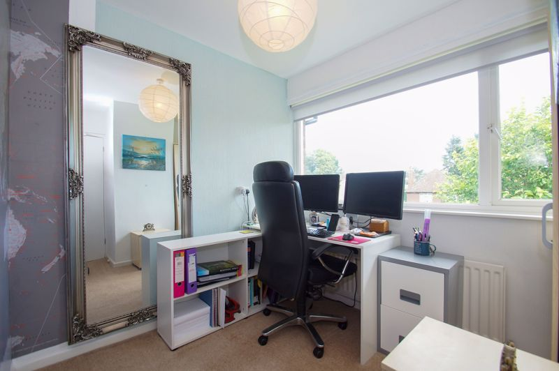 3 bed house for sale in St Johns Close 9