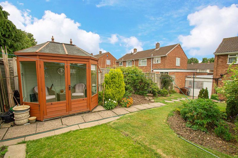 3 bed house for sale in Fordhouse Road 13