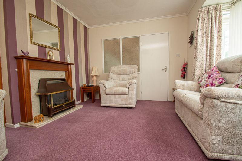 3 bed house for sale in Fordhouse Road  - Property Image 3