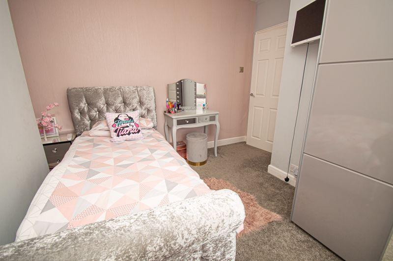 3 bed house for sale in Colley Lane 16