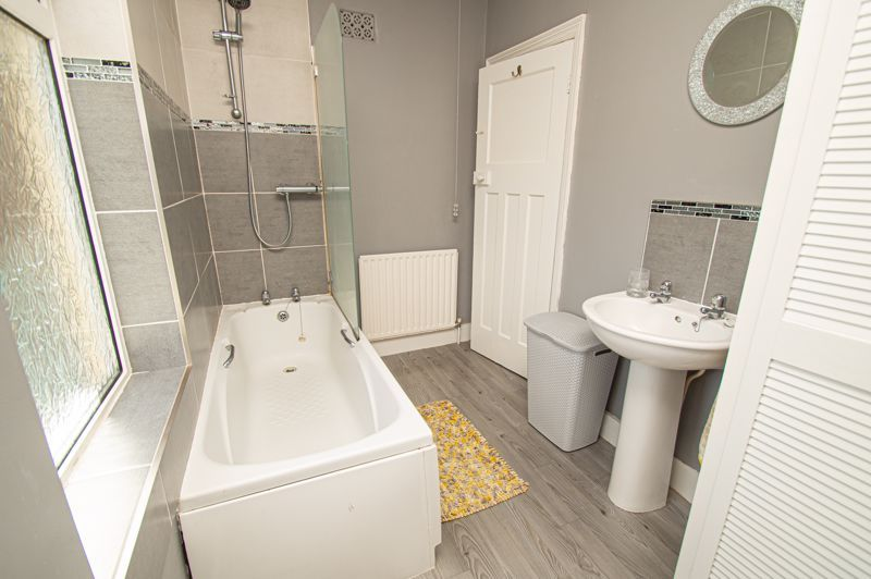 3 bed house for sale in Colley Lane 17