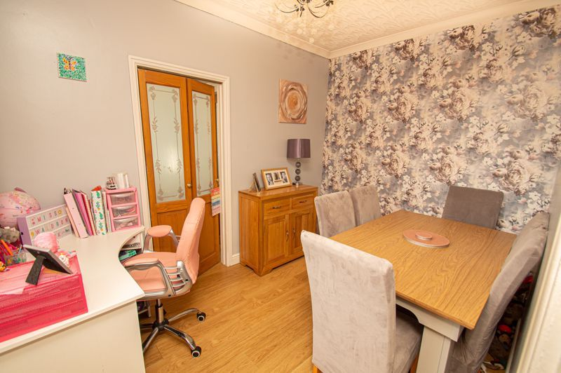 3 bed house for sale in Colley Lane 5