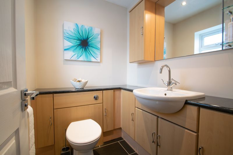 3 bed house for sale in Heath Farm Road  - Property Image 18