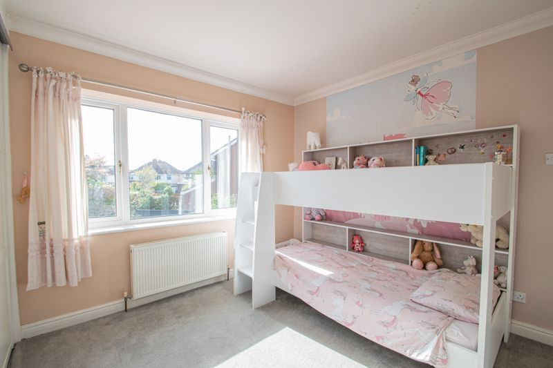 3 bed house for sale in Heath Farm Road  - Property Image 8
