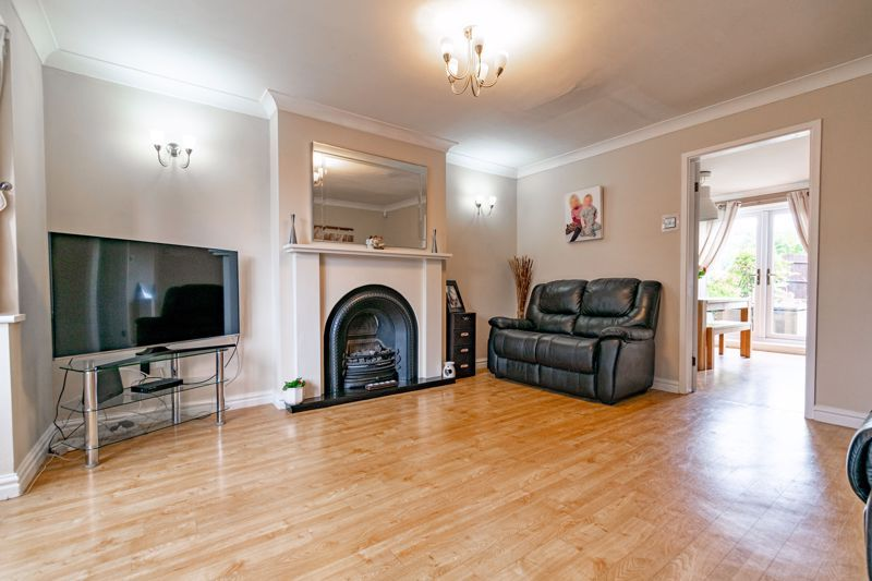 4 bed house for sale in Roman Way  - Property Image 2