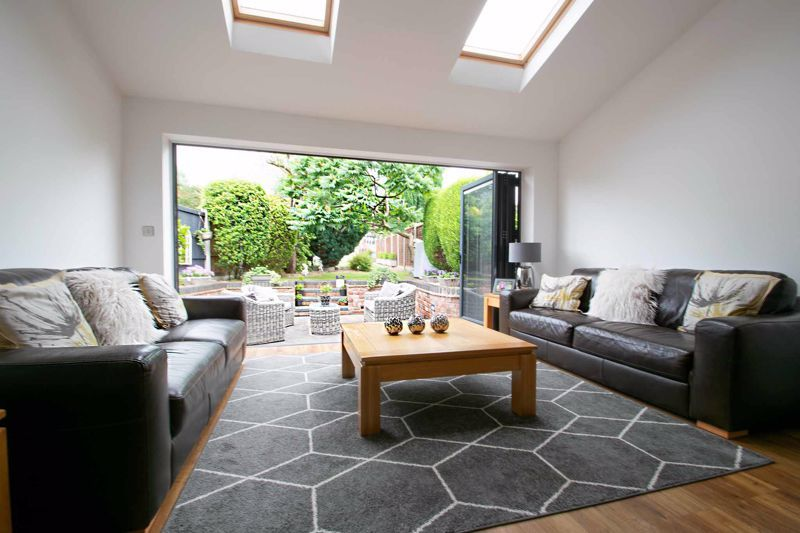 3 bed house for sale in Bowling Green Road 2
