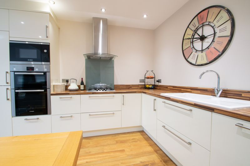 3 bed house for sale in Bowling Green Road  - Property Image 3