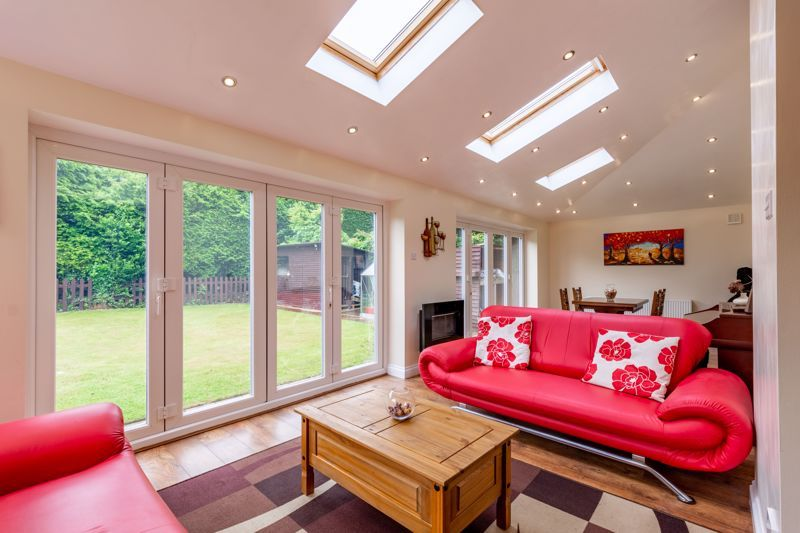 4 bed house for sale in Broughton Road  - Property Image 2