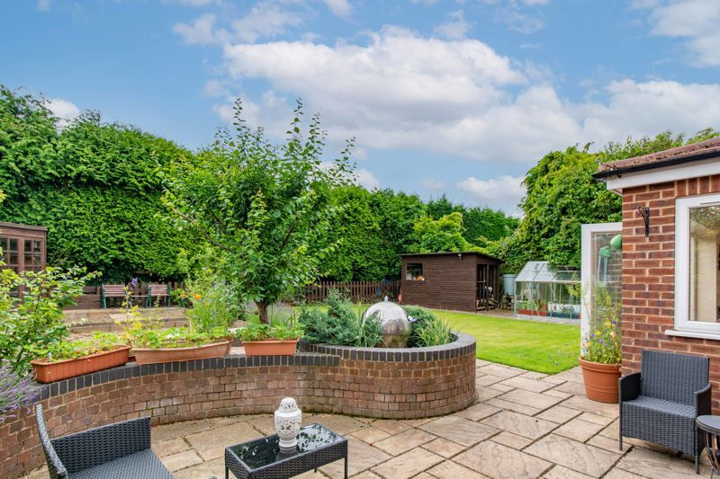 4 bed house for sale in Broughton Road 12