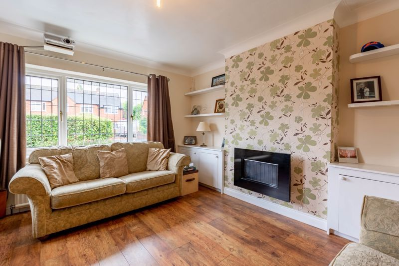 4 bed house for sale in Broughton Road  - Property Image 5
