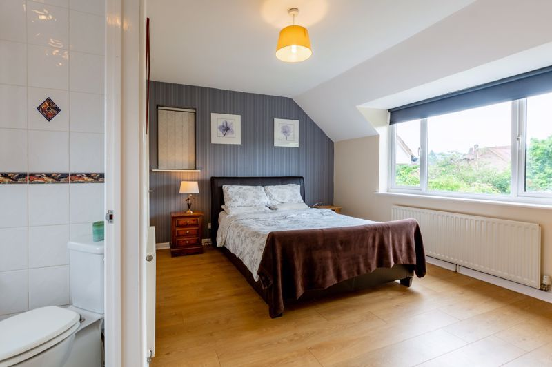 4 bed house for sale in Broughton Road  - Property Image 6