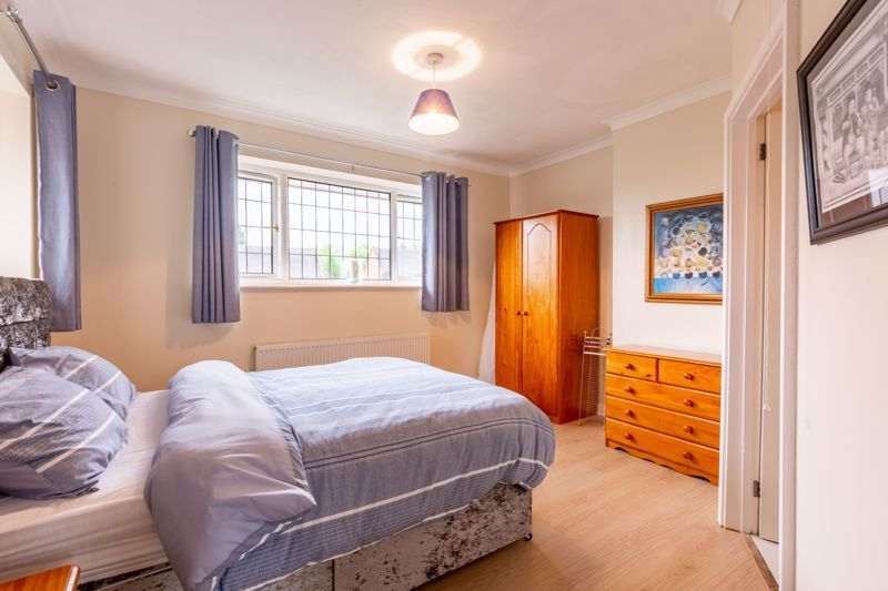 4 bed house for sale in Broughton Road 8