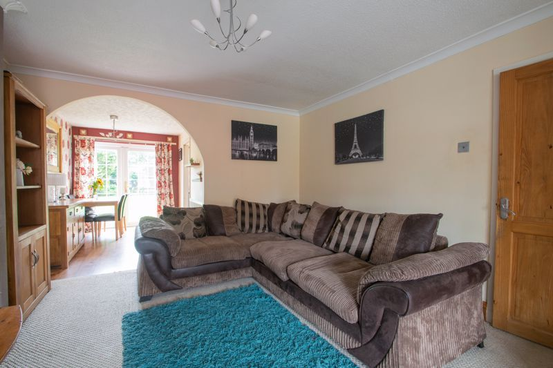 3 bed house for sale in Westcombe Grove 2