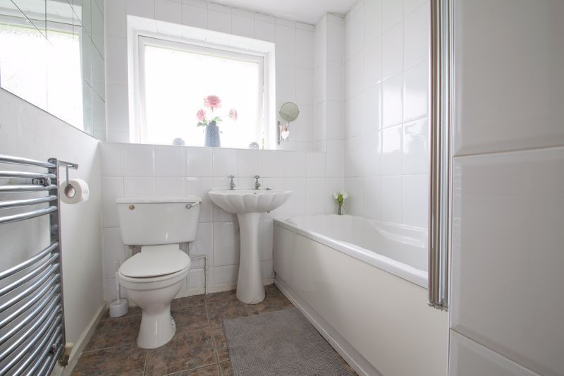 3 bed house for sale in Westcombe Grove  - Property Image 15