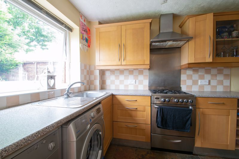 3 bed house for sale in Westcombe Grove 8
