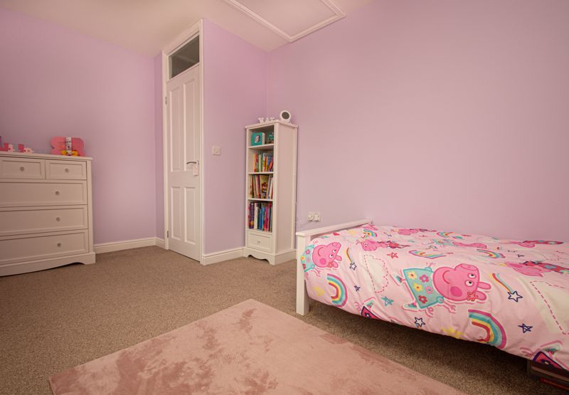 3 bed house for sale in Winstone Close  - Property Image 9