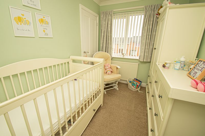 3 bed house for sale in Winstone Close 10