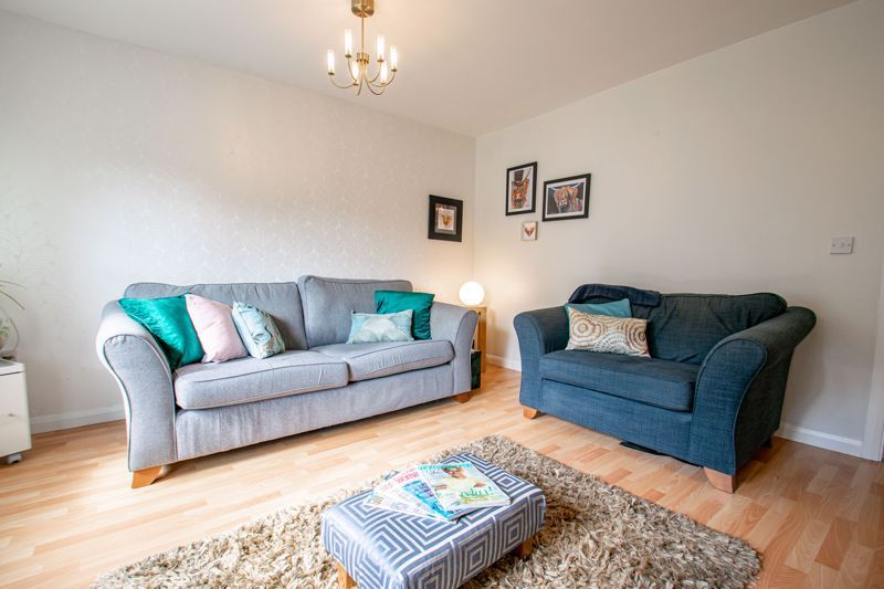 2 bed flat for sale in St. Peters Close 11