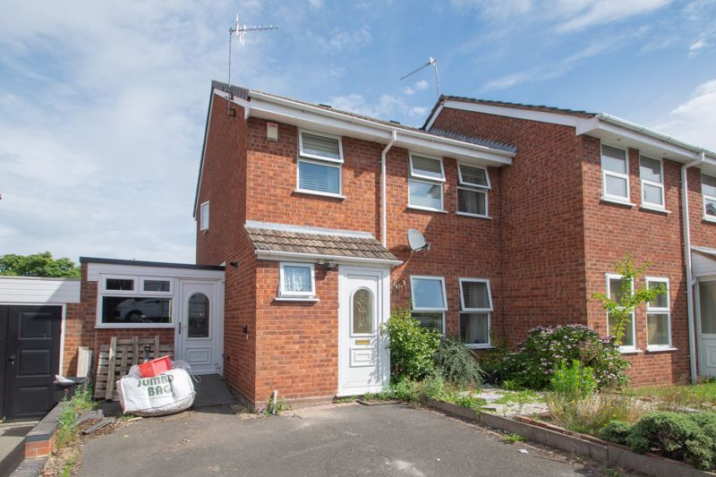 3 bed house for sale in Barsham Drive  - Property Image 1