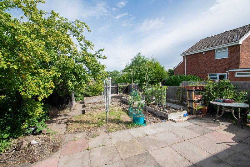 3 bed house for sale in Barsham Drive  - Property Image 12