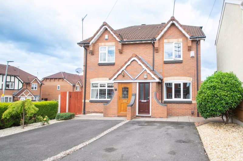2 bed house for sale in Stewkins - Property Image 1