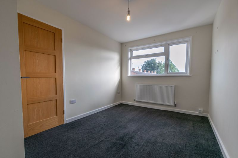 2 bed house for sale in Priors Oak 8