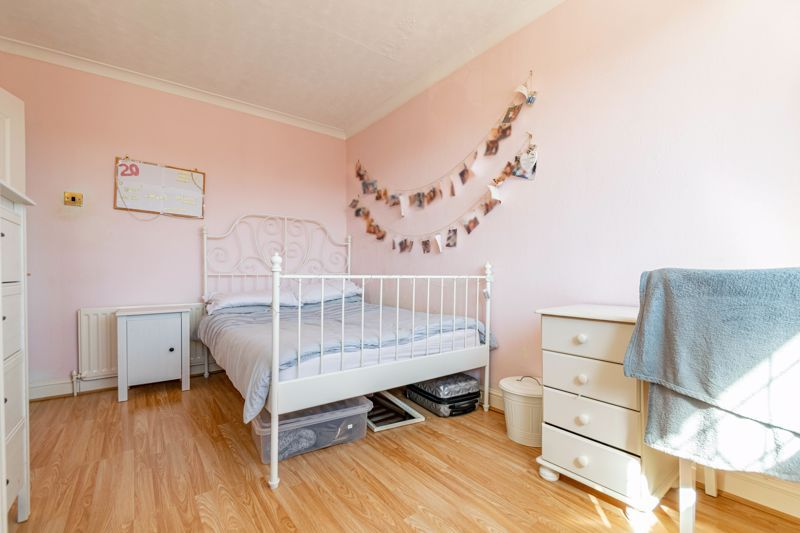3 bed house to rent in Quantock Road  - Property Image 7