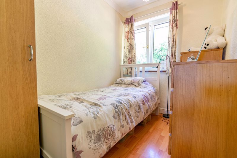 3 bed house to rent in Quantock Road  - Property Image 10