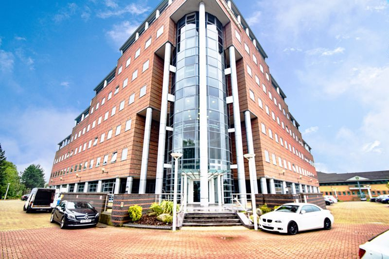 2 bed flat to rent in Waterfront West - Property Image 1