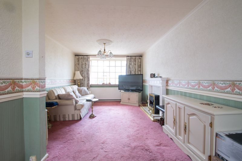 3 bed house for sale in Kempsey Close 3