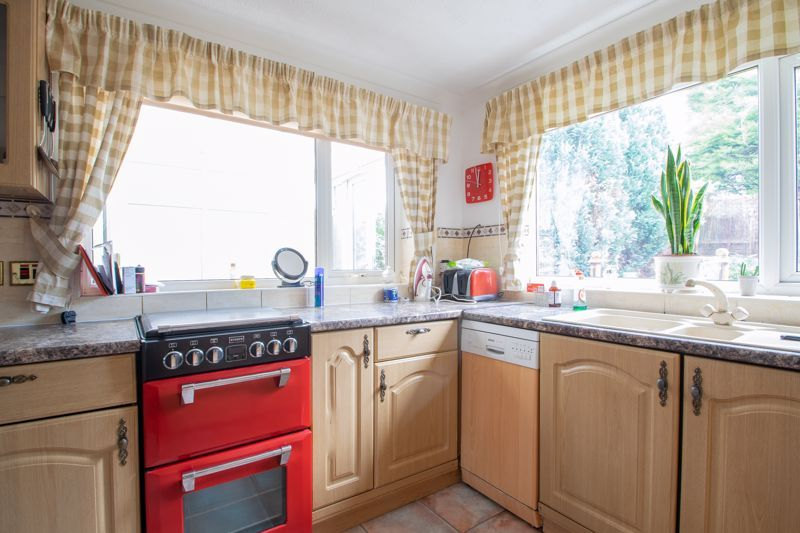 3 bed house for sale in Kempsey Close 7