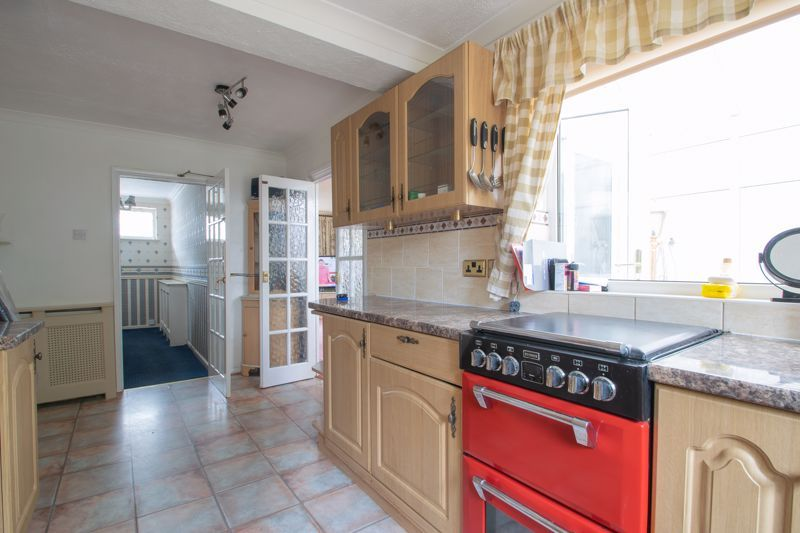 3 bed house for sale in Kempsey Close 8