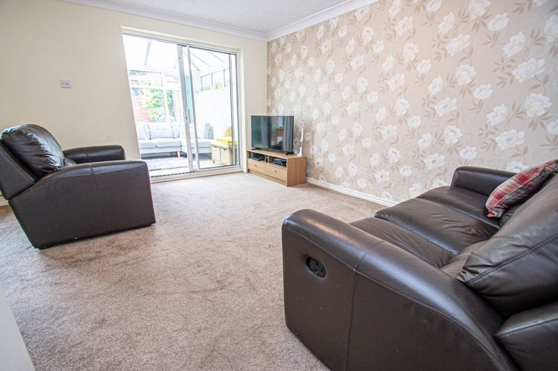3 bed house for sale in Batchelor Close 3