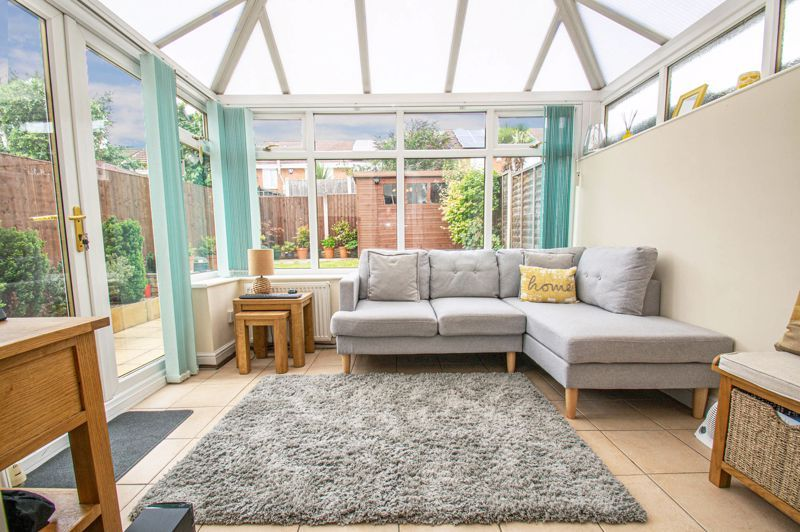3 bed house for sale in Batchelor Close 6