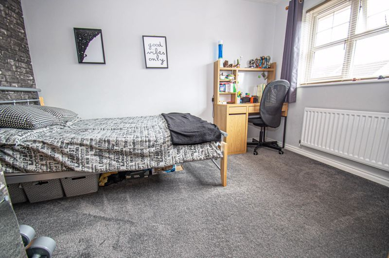 3 bed house for sale in Batchelor Close  - Property Image 9
