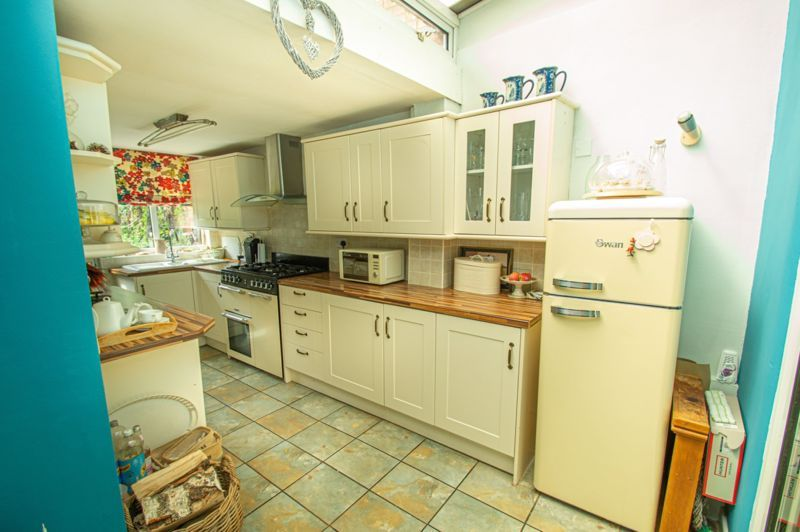 3 bed house for sale in Marble Alley 2