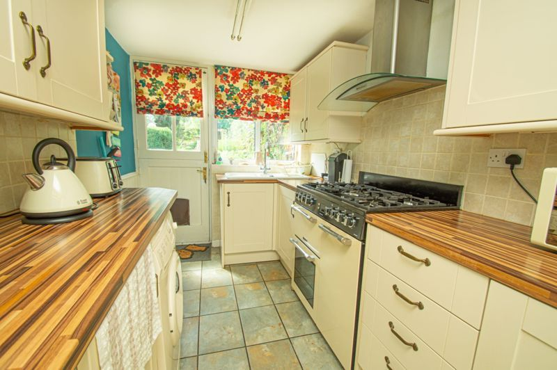 3 bed house for sale in Marble Alley 4