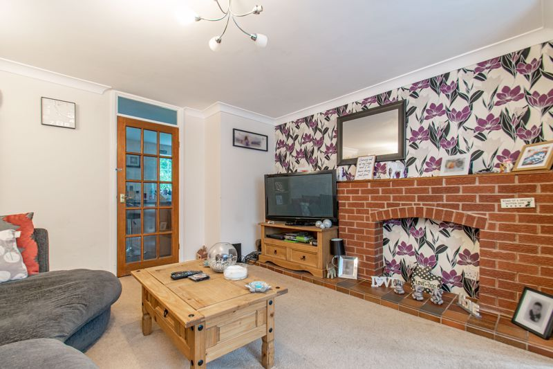 3 bed house for sale in Abbotswood Close 7