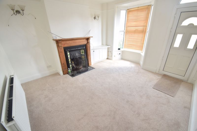 2 bed house to rent in Evesham Road 2