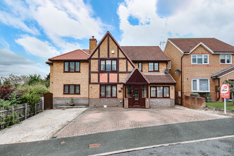6 bed house for sale in Field Close 1