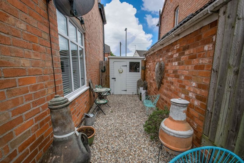 2 bed house for sale in Feckenham Road 17