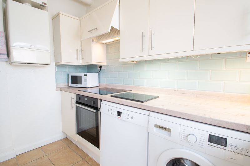 3 bed house for sale in Newfield Lane 19