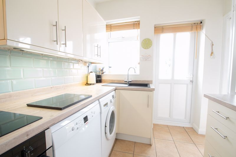 3 bed house for sale in Newfield Lane 4
