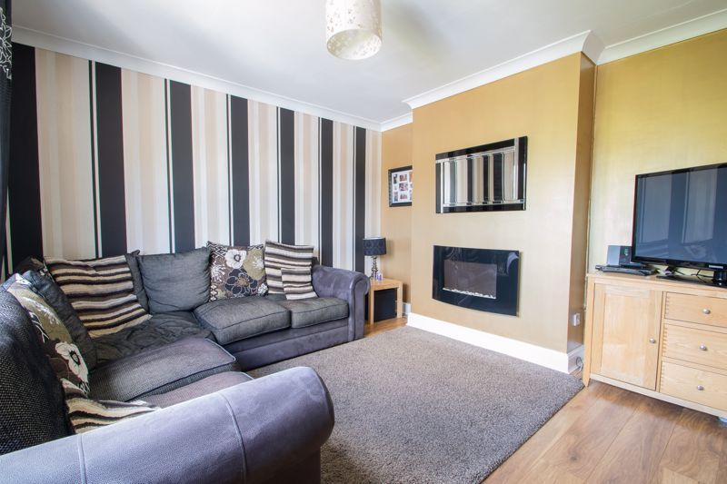 3 bed house for sale in Caslon Crescent 14