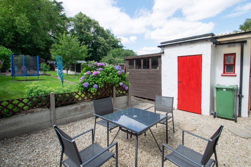 3 bed house for sale in Caslon Crescent 19